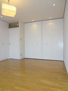 2階洋室.jpg